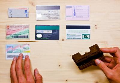 Keys and coins, Wowa wood wallets