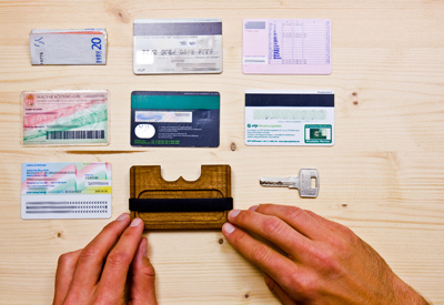 Wowa wallets made from wood